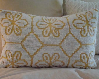 "REDUCED PRICE-White And Harvest Gold Chenille Lumbar Pillow Cover for 16""x 24"" Pillow Insert Was 30.00 Now 25.00"