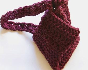 Crochet backpack, purple.