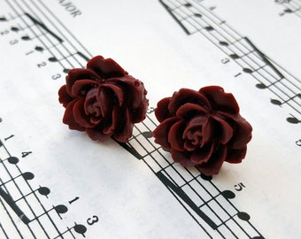 Vintage style flower earrings - burgundy wine maroon flowers on silver studs