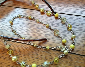 Eyeglasses Chain. Yellow. Silver chain.