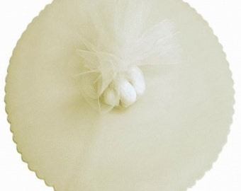 "100 Scalloped Tulle Circles 9"" Wedding Favor Wrap - Ivory"