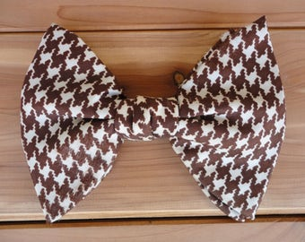 Brown Houndstooth Print Bow Tie