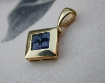 French vintage 18k solid gold genunie  blue sapphire  faceted gemstone pendant charm square gold pendant