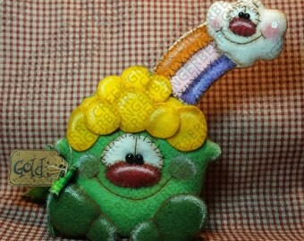 At the Rainbow End Pattern #254 - Primitive Doll Pattern - St. Patrick's - Pot of Gold - Rainbow - Treasure - Luck of the Irish