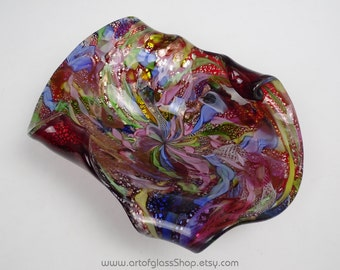 Murano filigree, aventurine, silver leaf ruby glass bowl