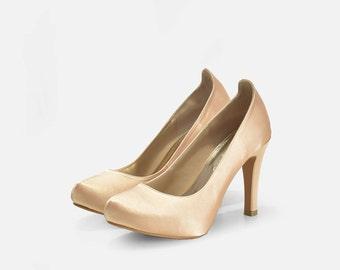 Helena Champagne Wedding Shoe Closed Toe, Champagne Wedding Shoes, Bridal Shoes in Gold. Gold Champagne Wedding Heels