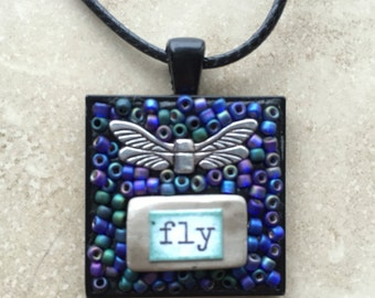 Fly Dragonfly pendant necklace