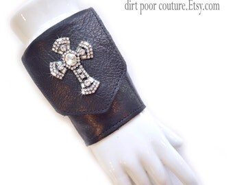 Leather | Women's Wallet | Wrist | Cuff | Wallet | Wrist Wallet | Black | Rhinestone Cross