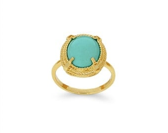 14k solid gold genuine turquoise fancy ring.