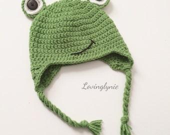 Crochet frog beanie / frog hat / frog / baby photo prop / crochet beanie
