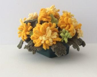 Pot of knitted chrysanthemums, knitting pattern for chrysanthemums, knitted flowers, flower display, flower gift, flower knitting pattern