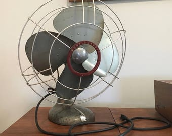 Vintage Working Westinghouse Table Top Power Aire Oscillating Fan
