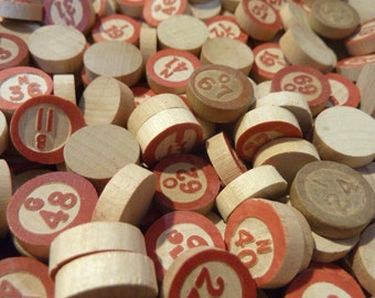 50 Bingo Chip Wood Wooden Vintage Red Call Numbers (#94)