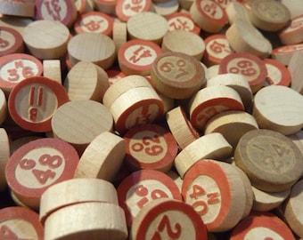 50 Bingo Chip Wood Wooden Vintage Red Call Numbers (#94)