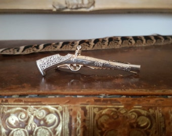 Vintage Gold/Silver Tone Shotgun/ Rifle/Pistol Gun Tie Clip/Bar