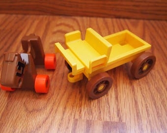 Vintage 1975 Gabriel Toys Wannabees Horse and Wagon