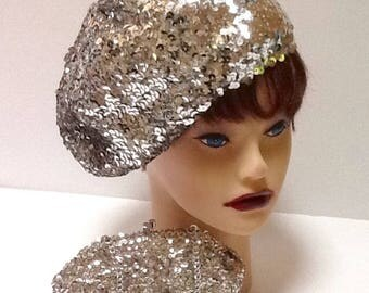 Vintage Silver Sequin Beret & Purse  / Hat and Bag Set / Retro / 1980's /  Boho / Abstract /  Hipster / Avant Garde / High Fashion / Hippie