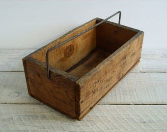 Vintage Rustic Wood Tote ~ Primitive Farmhouse Storage Display ~ Antique Wooden Caddy Crate ~ Box Bin Carryall Organzier (B9)