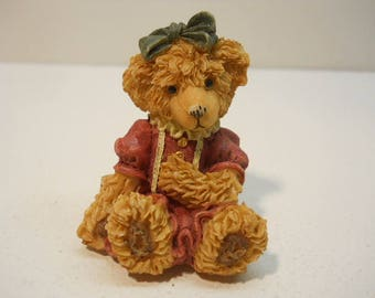 Bear with Bow Figurine Collectible #594 Bears