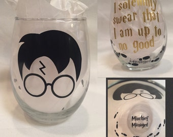 Harry Potter Wine Glass, mischief managed, i solemnly swear that i am up to no good