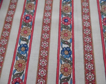 Floral Fabric / Fabric by the Yard / Sewing /Floral Fabric