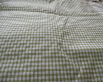 Green Stretch Ginham Fabric / Fabric / Fabric by the Yard / Sewing