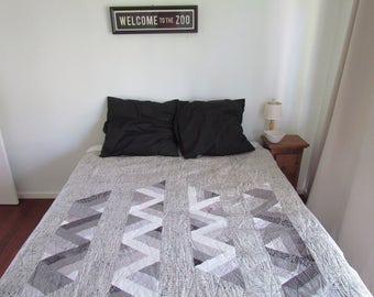 Modern Quilt In Grey and White | Double Bed Quilt