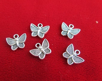 "BULK! 30pc ""butterfly"" charms in antique silver style (BC120B)"