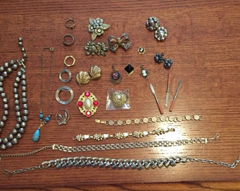 Crafting Jewelry Lot Many Vintage Pieces from Estate Sale