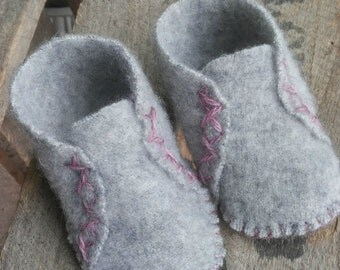 Cashmere Baby Shoes*Upcycled Sweater Baby Shoes*Baby Shower Gifts*Baby Booties*Baby Slippers*Cashmere Baby Booties*Winter Shoes For Babies