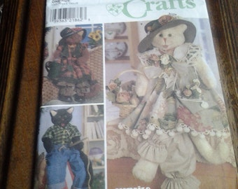 """Simplicity Crafts 8242, 30"""" Cats and Clothes"""