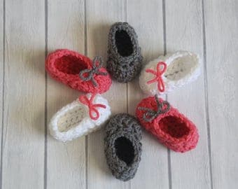 Coral Gray White Crochet Baby Booties - Baby Shower Gift - Birth Announcement Prop - Baby Photo Prop - Crochet Baby Socks-Crochet Baby Shoes