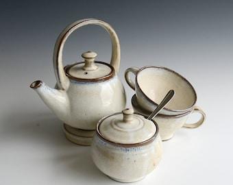 Handthrown teaset in stoneware