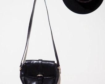 40% off * Vintage little black leather purse-90's