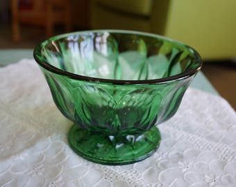 Vintage Anchor Hocking Green Glass Bowl Fairfield Footed Candy Dish