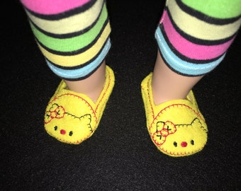 18 inch doll, American Girl, slippers, Hello Kitty, shoes, baby doll, girl birthday gift,doll clothes,machine embroidered,yellow,doll house