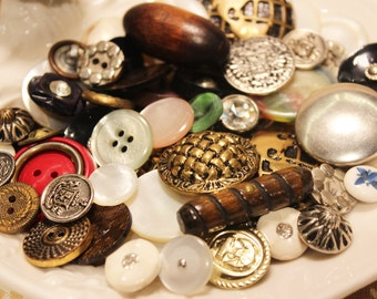 Vintage 1960s Buttons