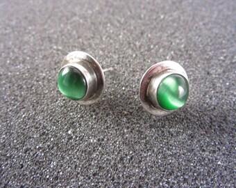 Vintage Green Cats Eye Sterling Stud Earrings