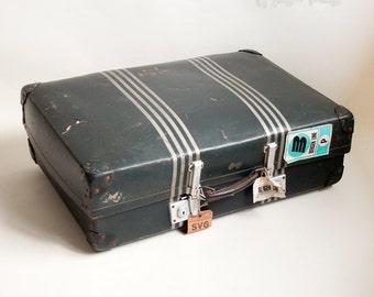 Vintage Retro 1960 Blue & Silver Stripe REVELATION Suitcase with Key