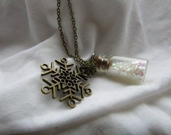 snow bottle, snowflake pendant