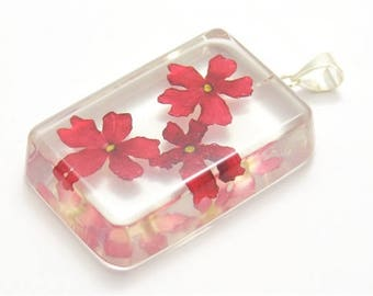 Rectangular pendant with verbena flowers