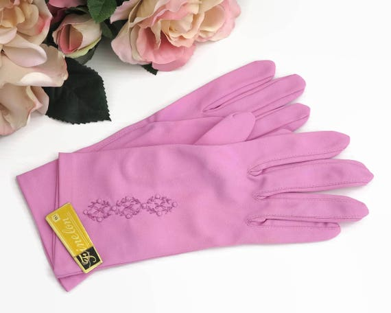 mid 20th century hot pink wrist gloves with embroidery on top of hands, Finelon brand, stretch nylon, size 6.5, dead stock, 1960s