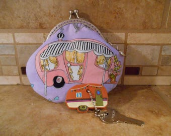 Fabric Coin Purse with Vintage Trailer Print & Kiss Clasp