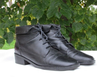 Size 8 Black Leather Boots, Ankle Boots, Fashion Boots, Lace up Boots, Low Heel Boots, Made in BRAZIL by PENMANS, Size 6 UK, 38-39 Eur