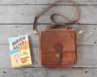 Vintage COACH Station Bag No.D5G-5130 / Distressed British Tan / Leather Crossbody Bag , Shoulder Bag , Purse / Medium / Made in USA