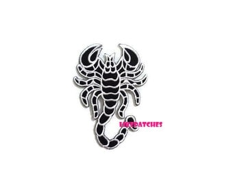 Black - White Scorpion New Sew / Iron On Patch Embroidered Applique Patches Size 6.5x9.3cm.
