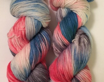 Hand Dyed Yarn worsted weight | 100% superwash merino wool   | 100 gr | Flash Dance / super soft
