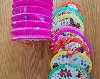 10 paper lanterns