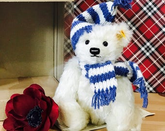 Vintage Steiff Membership Club Winter Bear with Blue and White Scarf in Original Box