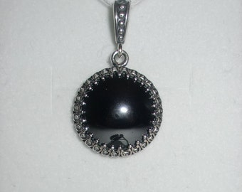 Antique 925 Sterling Silver Hematite Pendant
